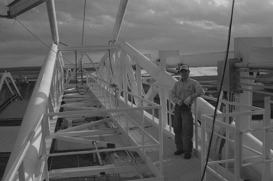 LogPro Crane and Operator