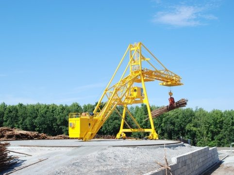 LogPro Radial Crane 14